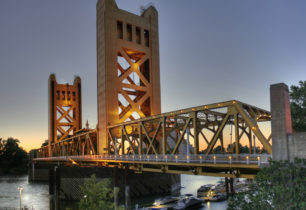 Tower_Bridge_Sacramento_edit-306x210